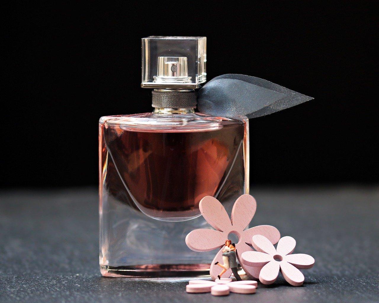 Perfumy na Black Friday – dlaczego warto je kupić?